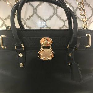 💟Emma Fox Classic Blk Satchel with gold hardware